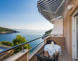 Apartment Steps to the Sea and Private Beach   Pool   Sea-view Balcony   Peaceful Bay