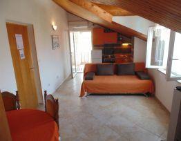 Apartment Apartman 4