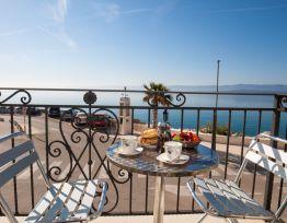 Ferienwohnung Riva Mare Bright 1 BR apt for 4 - sea view balcony