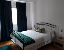 Apartman Modern & Full Equipped with Terrace-Quiet Center!