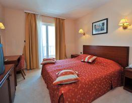 Room Double bedroom