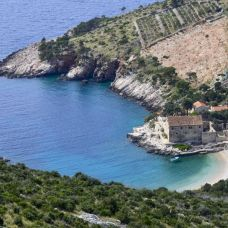 Speedboat discovery of 6 top beaches on europe's sunniest island