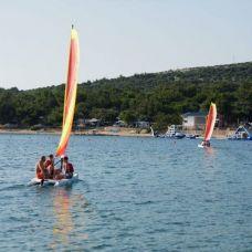 Windsurfing and Catamarans - Camping Village Simuni